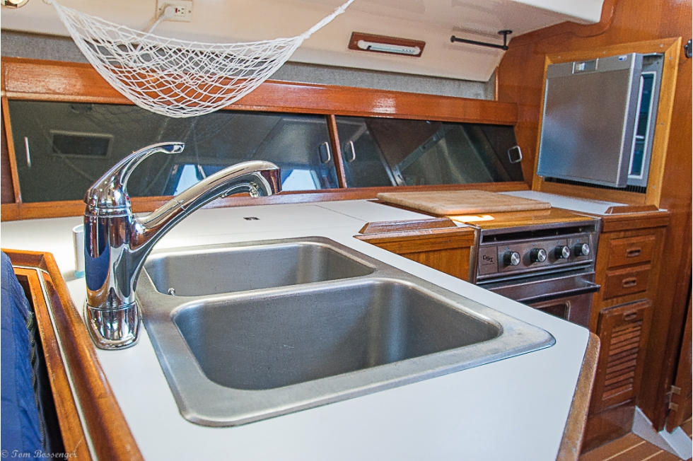 1985 Hunter Legend 40